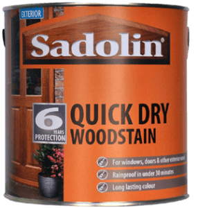 Quick drying woodstain for Oakfold doors