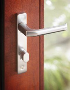 Improved multi point locking system for patio doors