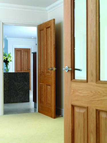 JB KIND ROYALE TRADITIONAL E14M DOOR